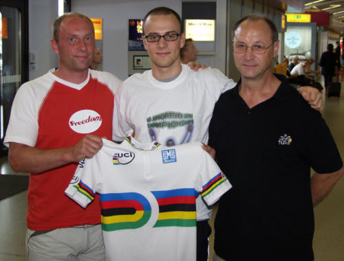 2004 mit Schmidti und Erich nach meiner ersten Junioren WM.